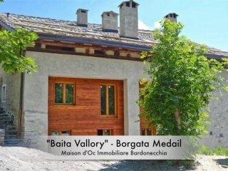 Foto 1 di Bilocale Borgata Medail, frazione Millaures, Bardonecchia