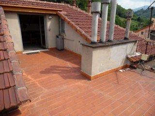 Foto 1 di Appartamento via Piave, Mignanego