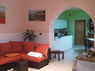 Foto 1 di Villa via Nino Bixio, Campoli Del Monte Taburno