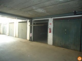 Foto 1 di Box / Garage Saint Martin de Corleans Aosta, Aosta