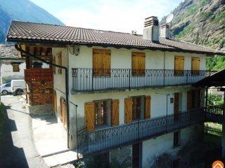 Foto 1 di Appartamento Vieyes 11010 Aymavilles, Aymavilles