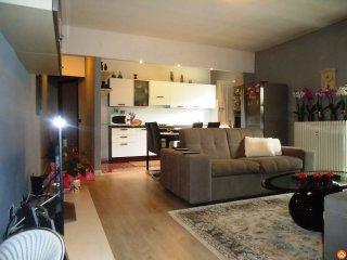 Foto 1 di Appartamento via Chambery , 110 11100 Aosta, Aosta