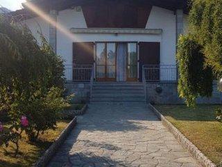 Foto 1 di Villa Stradale Rocca 31, frazione San Pietro, Corio