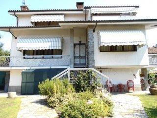 Foto 1 di Villa via Giuseppe Marchisio, Poirino