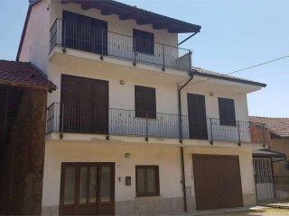 Foto 1 di Casa indipendente strada Buretta, 36, Corio