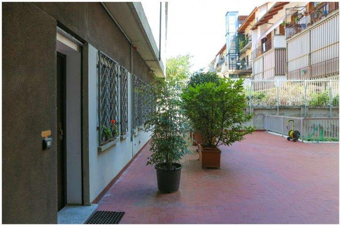 Foto 19 di Loft / Open space Lungo Po Antonelli  3, Torino (zona Vanchiglia, Regio Parco)