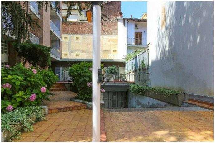 Foto 23 di Loft / Open space Lungo Po Antonelli  3, Torino (zona Vanchiglia, Regio Parco)