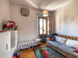 Foto 1 di Palazzo / Stabile via signorini, Bologna (zona Saffi)