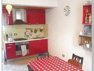 Foto 1 di Trilocale Via Monviso, Saluzzo