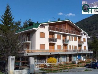 Foto 1 di Bilocale via San Giusto 18, frazione Beaulard, Oulx