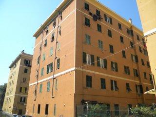 Foto 1 di Loft / Open space Via C. Giordana, Genova (zona Oregina-Granarolo, Di Negro)