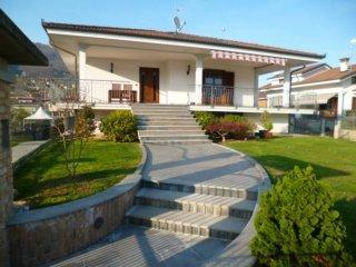 Foto 1 di Villa Via Monsignor Borghino, 14, Rifreddo