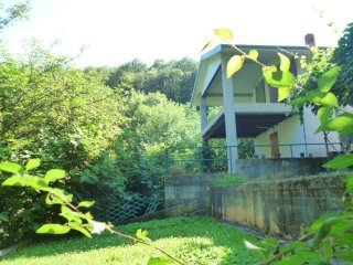 Foto 1 di Casa indipendente fraz. arnolfo, 2, Rossana