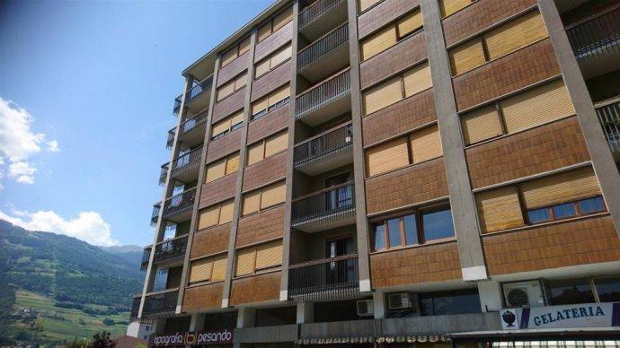 Foto 1 di Quadrilocale via Lys 38, Aosta