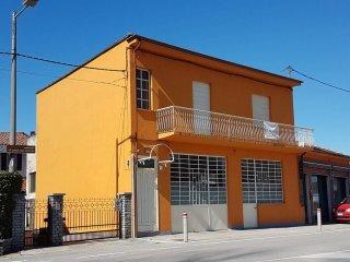 Foto 1 di Villa via della Piana, Bra