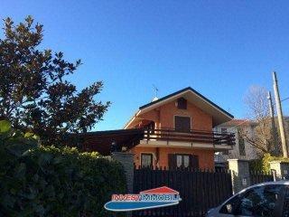 Foto 1 di Villa via Castiglione, Coassolo Torinese