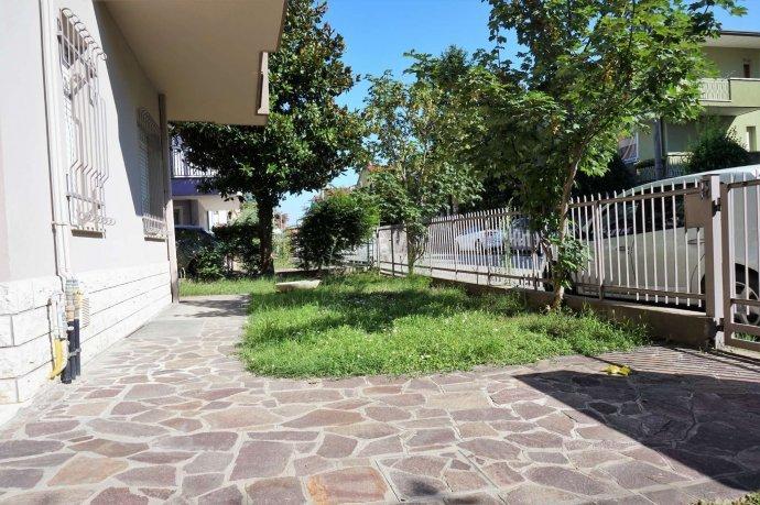 Foto 29 di Bilocale via Pederobba, frazione Rivabella, Rimini