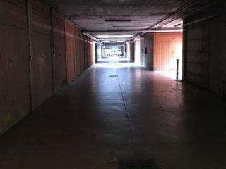 Foto 1 di Box / Garage Corso Ricci, Savona