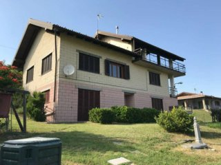 Foto 1 di Villa via Ferrettino, Mornese