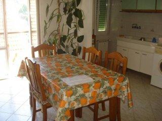 Foto 1 di Bilocale via G. Airenta 18, Rossiglione