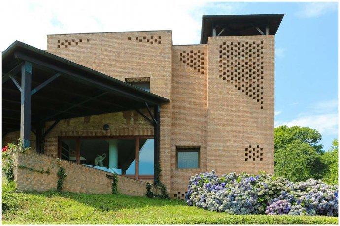 Foto 3 di Villa via Costagrande  180/a, Pinerolo