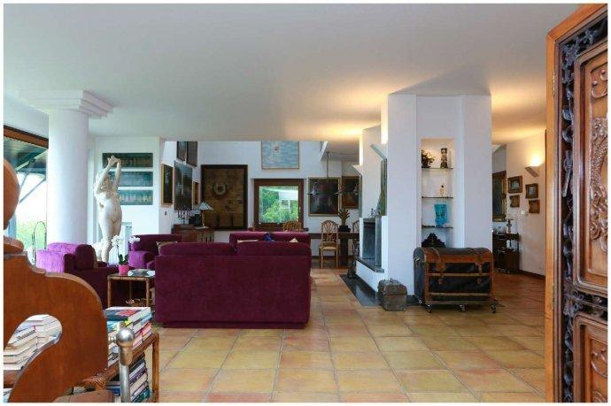 Foto 6 di Villa via Costagrande  180/a, Pinerolo