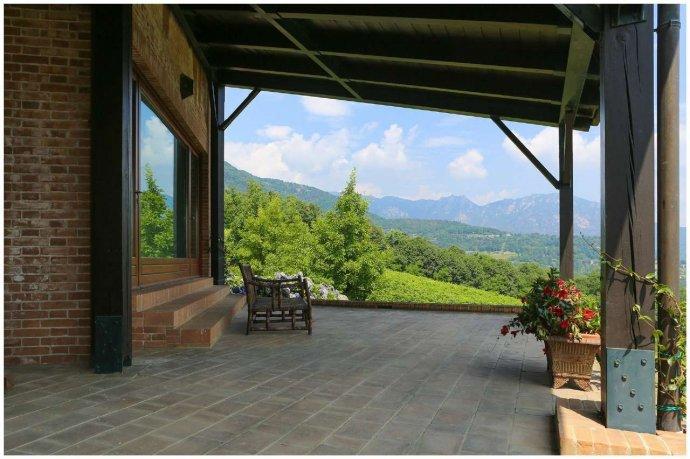 Foto 15 di Villa via Costagrande  180/a, Pinerolo
