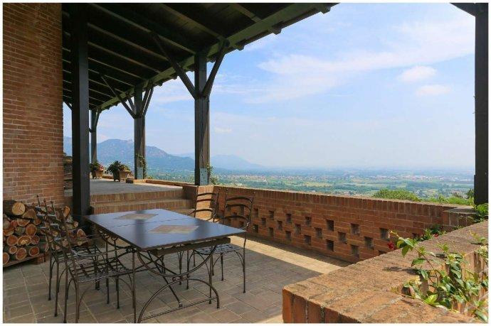Foto 16 di Villa via Costagrande  180/a, Pinerolo