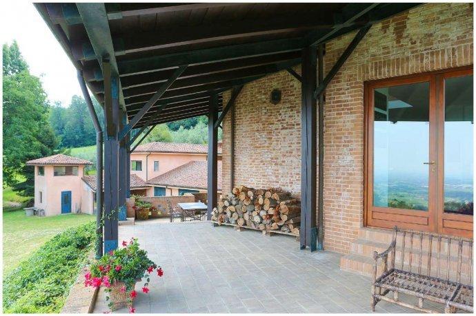 Foto 17 di Villa via Costagrande  180/a, Pinerolo