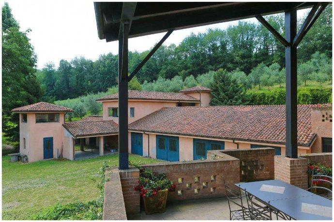 Foto 20 di Villa via Costagrande  180/a, Pinerolo