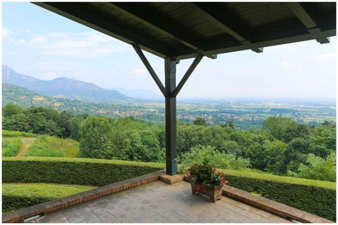Foto 21 di Villa via Costagrande  180/a, Pinerolo