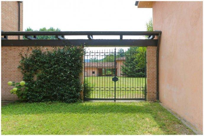 Foto 26 di Villa via Costagrande  180/a, Pinerolo