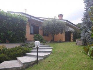 Foto 1 di Villa strada berlanda, Cantalupa