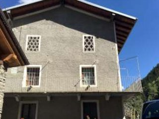 Foto 1 di Appartamento aosta, Aymavilles