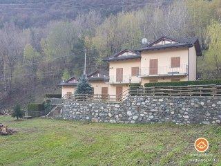 Foto 1 di Villetta a schiera Località Torin, Pontey