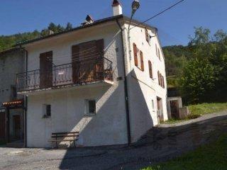 Foto 1 di Trilocale Frazione Vetria, Calizzano