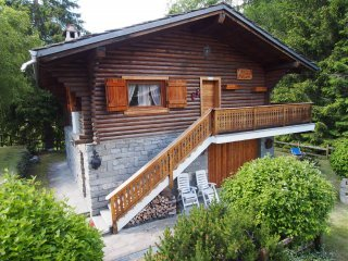 Foto 1 di Villa via Obre Biel Waeg 41, Gressoney Saint Jean