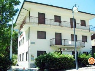 Foto 1 di Casa indipendente Via Stazione 78, Chatillon