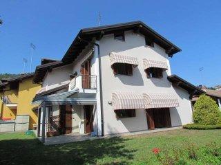 Foto 1 di Villa via Vigne, Bernezzo