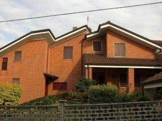 Foto 1 di Casa indipendente Montechiaro D'asti