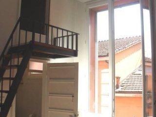 Foto 1 di Bilocale via dell'Indipendenza, Bologna (zona Centro Storico)