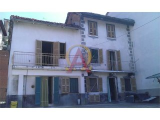 Foto 1 di Appartamento Via Vittorio Emanuele II 40, Montechiaro D'asti