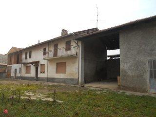 Foto 1 di Casa indipendente Quattordio