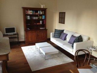 Foto 1 di Appartamento via DELLA ROCCA, Torino (zona Centro)