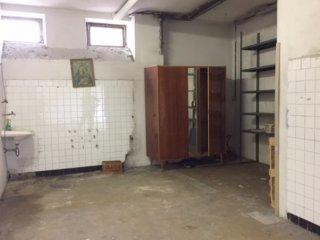 Foto 1 di Box / Garage Zona La Rocca, Savona