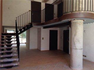 Foto 1 di Quadrilocale via stamperia, Torre Pellice