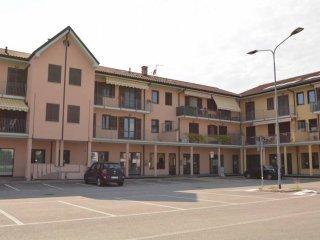 Foto 1 di Quadrilocale piazza dei Maestri Cordai, frazione San Bernardo, Carmagnola