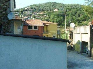 Foto 1 di Casa indipendente Stellanello