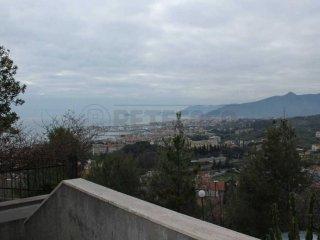 Foto 1 di Attico / Mansarda via Ranzi, Pietra Ligure