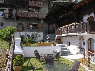 Foto 1 di Villa frazione Champoluc-champlan, Ayas